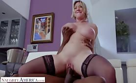 Dee Williams did NOT see this coming Interracial Action